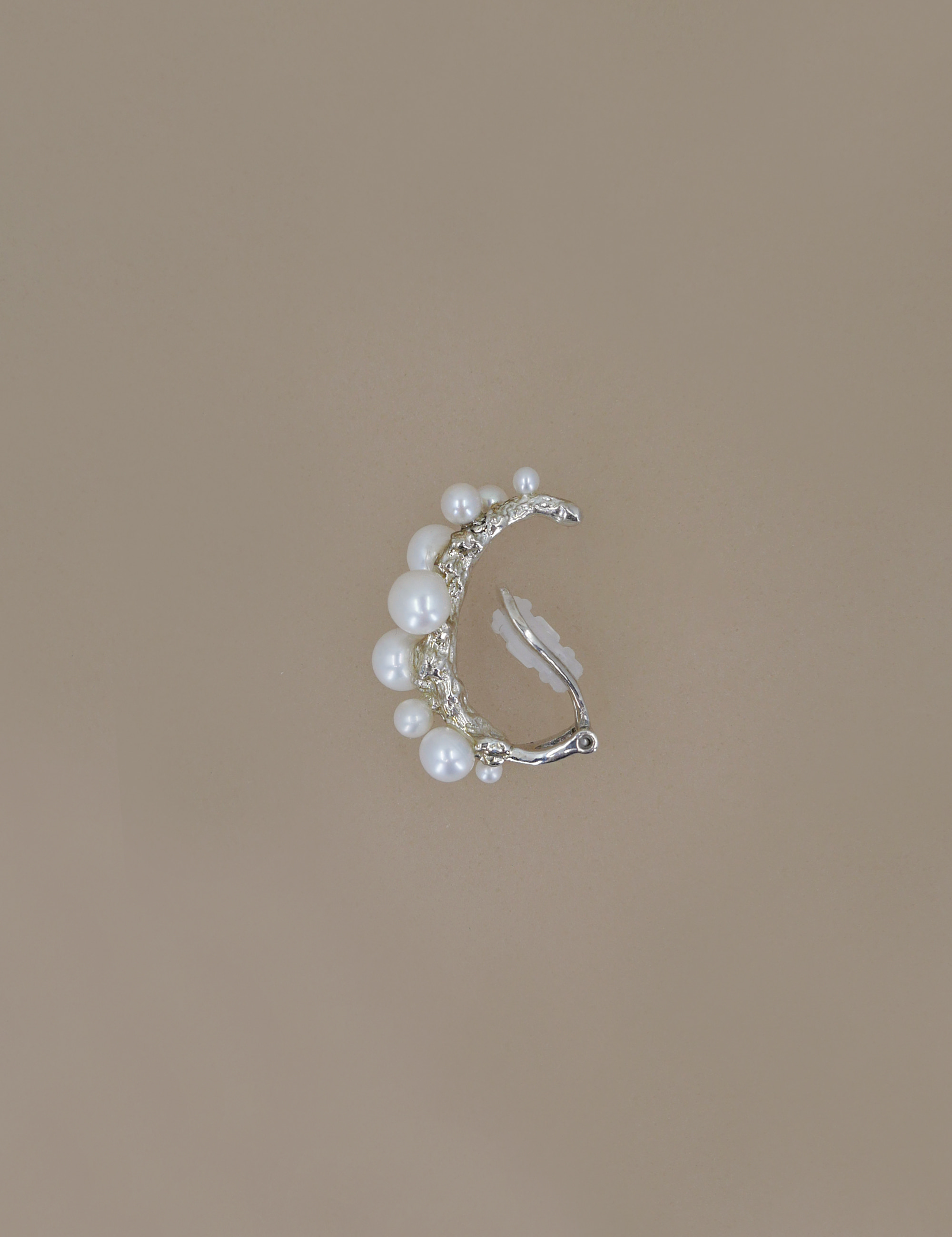 Ancient Pearl Earcuff