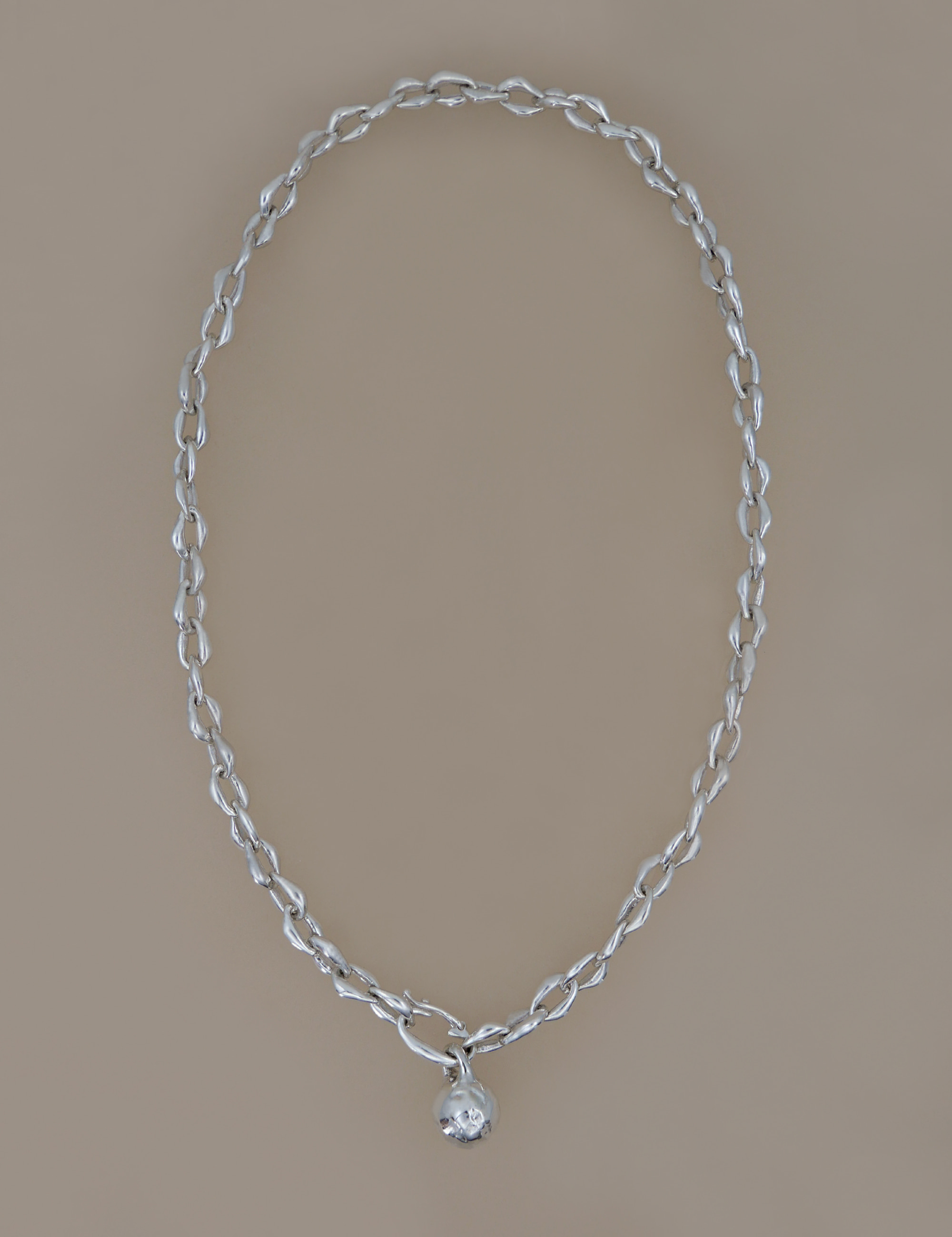 Medium Ball Form Chain Necklace