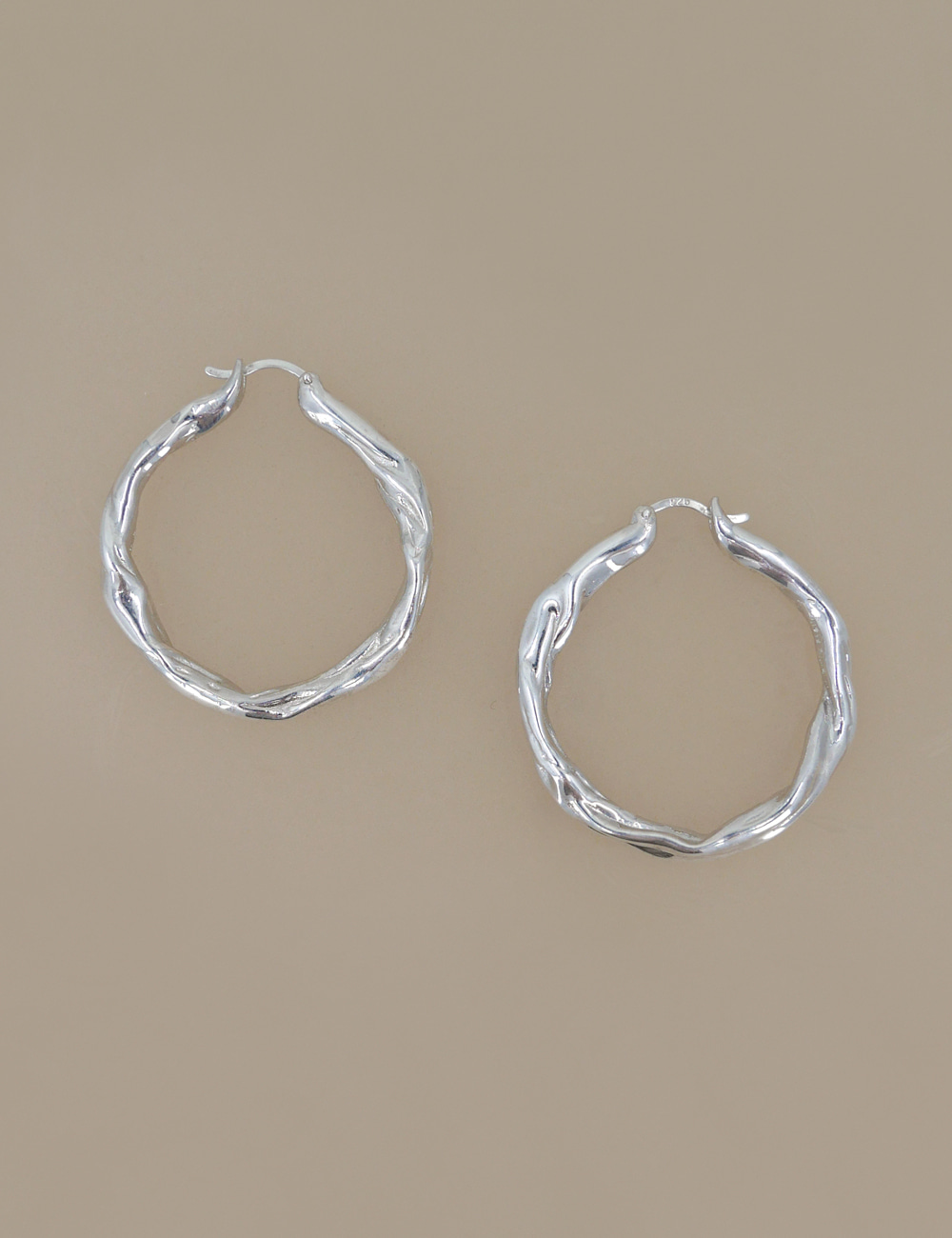Folding Hoop Earring