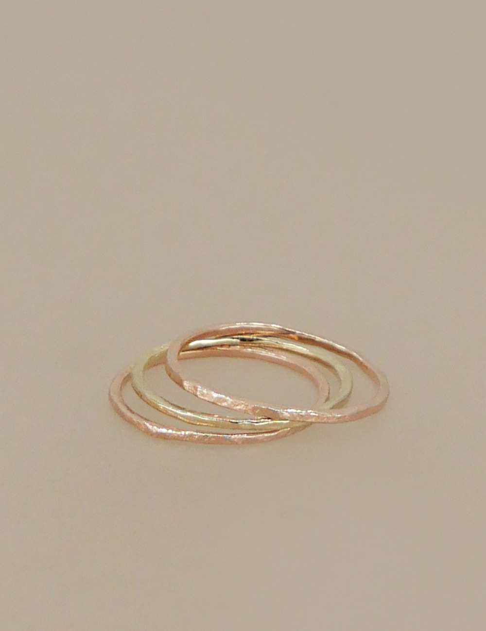 [Fine Jewelry] 14-karat Gold Textured Thin Ring