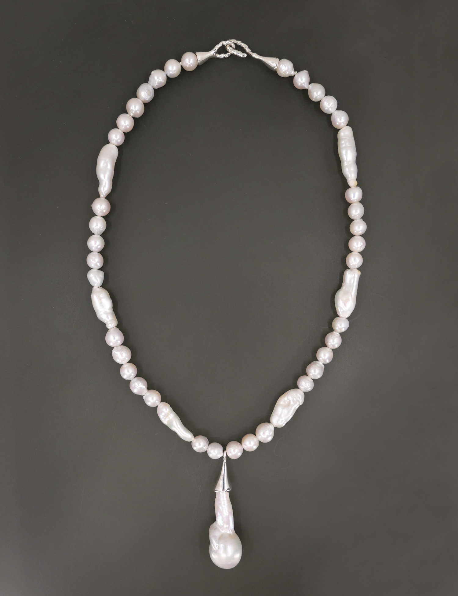 Baroque Pearl Pendant Classic Necklace