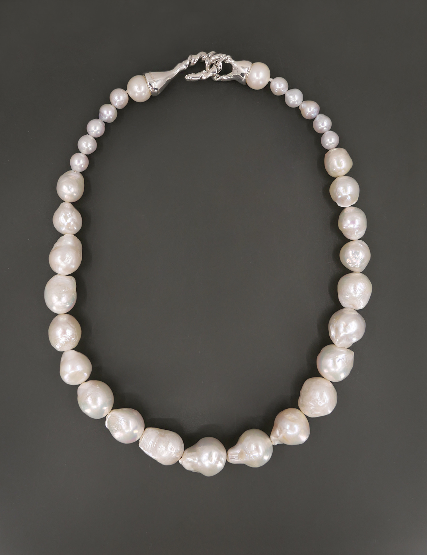 Modern Twist Baroque Pearl Classic Necklace